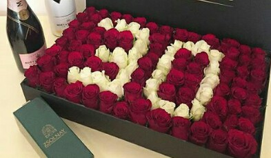 گل آرائی ماشین عروس در سرای محله شهرداری منطقه یک